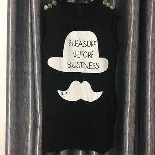 Dress mustache