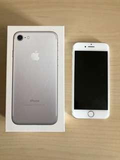 iPhone 7 128GB Unlocked - White