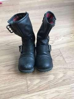 Women's Rocket Dogs boots blacks Good Used condition-Size 6.5