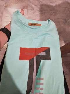 T shirt / kaos/ oblong