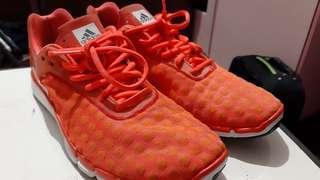 Adidas Original size 43 like new (Jarang dipakai)