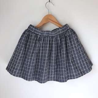 *NEW* Girls checked skirt size 7