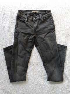 Levis black super skinny jeans 26