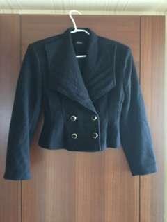 羊毛短外套