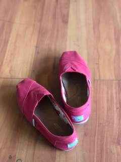 Toms Size 7 Red Slip Ons