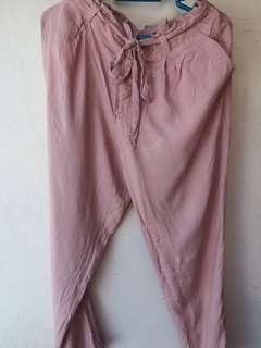 jogger pants details