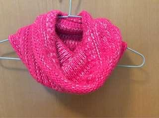 🆕Hollister pink knit snood scarf