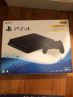 Brand new PlayStation 4 Slim 500GB (PS4)
