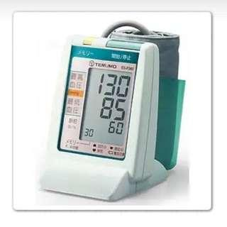 🚚 產品名稱TERUMO 泰爾茂電子血壓計手臂型 (型號:ES-P360)