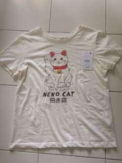 Pull & Bear neko t-shirt (new in store)