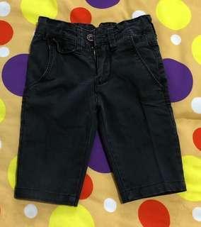 Celana selutut 2-3 th