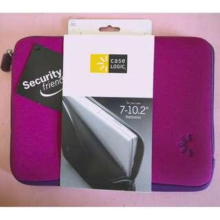 Case Logic Laptop Sleeve or Tablet Sleeve in Magenta with Purple detail