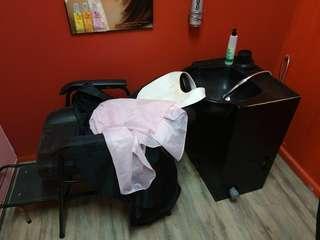 Barber shampoo chair
