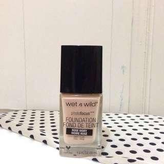 Wet n wild Photofocus Foundation shade Rose Ivory