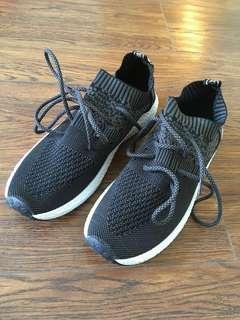 Men's Sports shoes 男裝運動鞋