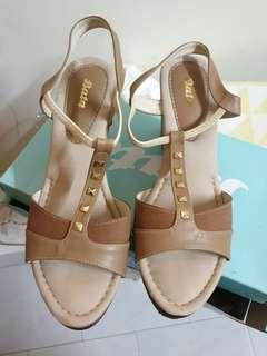 Bata wedge sandal