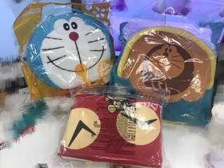 麥當勞多啦A夢 野餐墊 大頭袋 暖手抱枕 一套三件