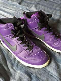 Nike casual shoe