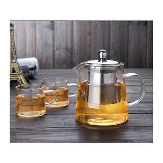 Borocilicate Teapot with 2 Tea cups
