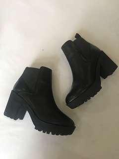 Staccato boots like new (cuma 1x pakai) Fix Price