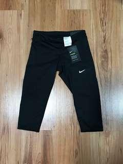 Nike Tech Leggings Capri