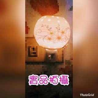 🚚 精油薰香/陶瓷小夜燈/360度旋轉插頭