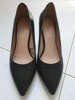 Espirit Black Heels