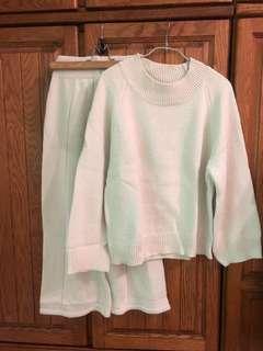 🚚 BFF80s米白粗針織寬褲套裝