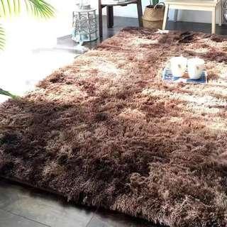 Fluffy Carpet/ karpet gebu gebas