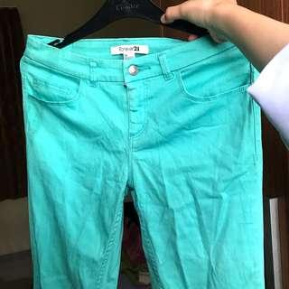 FOREVER 21 TOSCA JEANS