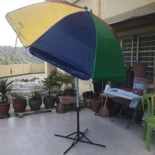Payung Meniaga