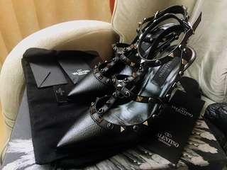 🚚 valentino 卯釘高跟鞋 37.5
