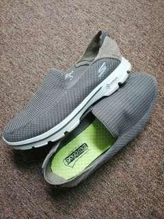 sketchers men