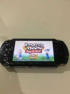 PSP 1000 4gb and chas original