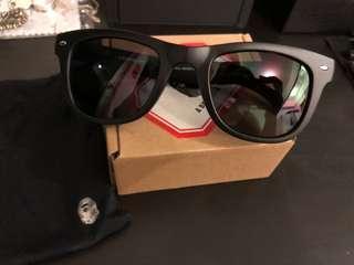 Bape Sunglasses 太陽眼鏡 99.9成新 100%real 無帶過 存放時有少少壓花 A Bathing Ape