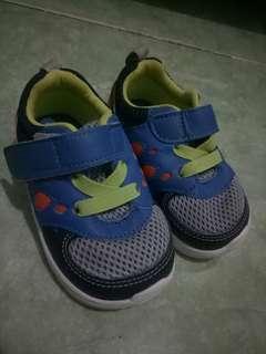 Toe Zone Sepatu anak