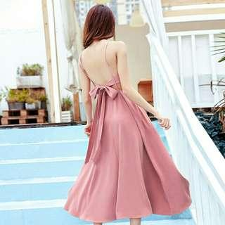*FREE POST to West Malaysia only / Pre order +-12-15 days* Ladies back ribbon dress each as shown in design /color. Free delivery is applied for this item.