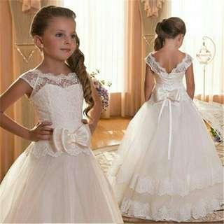 *FREE POST to West Malaysia only / Pre order +-12-15 days* Kids lace bow ribbon dress each as shown in design /color. Free delivery is applied for this item.
