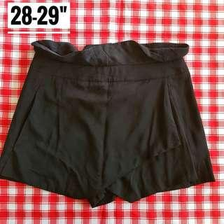 "28-29"" F21 Highwaist black skorts"