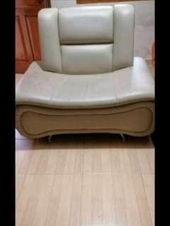 Sofa empuk