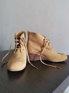 Timberland Women's Boots with Heels