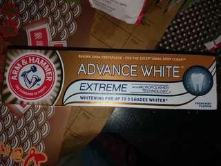 全新 Arm & Hammer Advance White™ Extreme Toothpaste 閃耀亮白牙膏