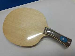 X 牌 特式 彎型乒乓球拍 88g 只有一塊