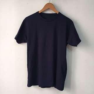 UNIQLO unisex tshirt