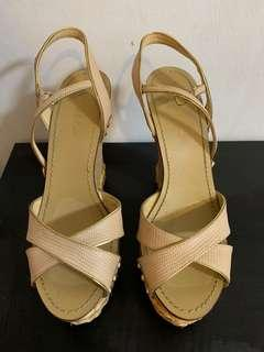 Size 38 Wedges