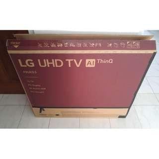 """Modified 32"""" Empty TV Box With Styrofoam (reserved)"""