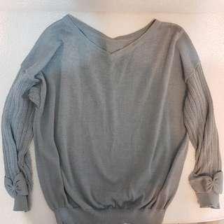 🚚 日系專櫃couture brooch針織蝴蝶結袖上衣