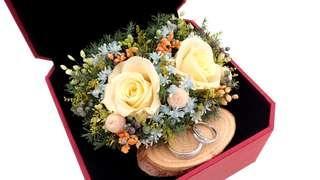 Preserved Flower Wedding Ring Box / Engagement Ring Flower Box / Wedding Gift / Preserved Rose Arrangement