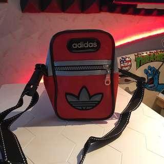 Adidas 90's 側背小包