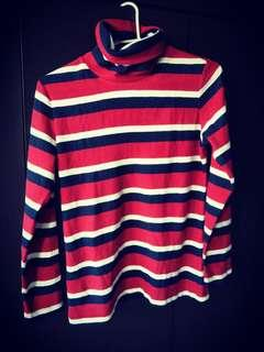 🚚 Pullover with turtle neck